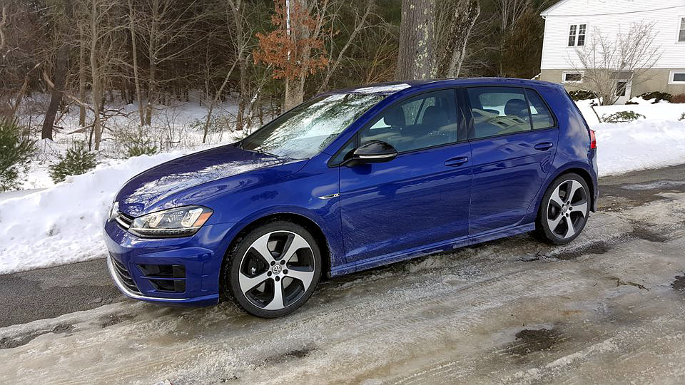 nempa-winter-vw-golf-r